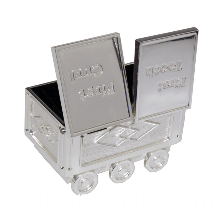 ZZinc alloy train coin bank with car